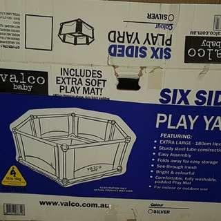 Six sided play yard