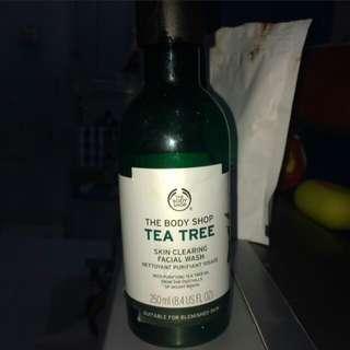 The body shop tea tree facial wash