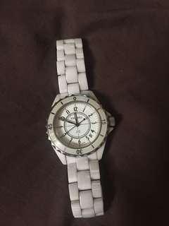 Chanel J12 white ceramic watch-Large