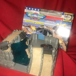Battlezones BARRACUDA BAY Micro Machines Vintage early 1990s Galoob BZ4