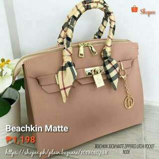 Beachkin Matte Zippered Litchi Pocket