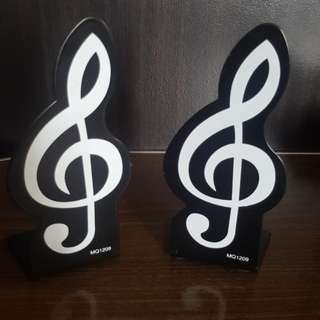 G clef 🎼Bookends