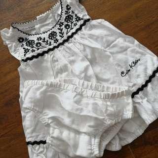 White Top or dress newborn