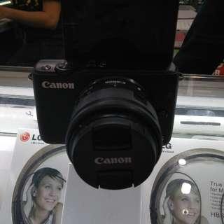 Canon M1
