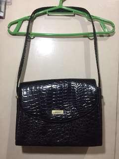 Joinus: Black Leather