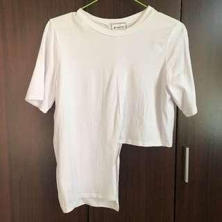🚚 全新韓版不規則下擺上衣