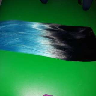 Hair extension blue