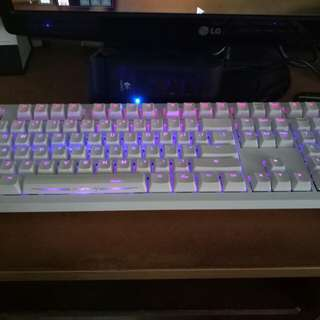 Ducky Shine 4 Mechanical Keyboard