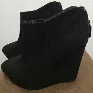 Angkle Boot black
