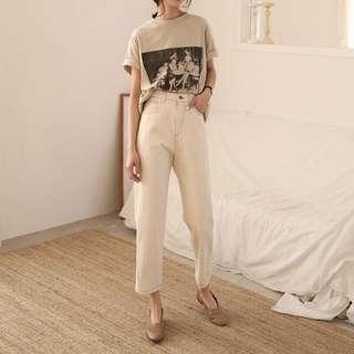 質感版型都超讚 所以小貴的杏色牛仔褲