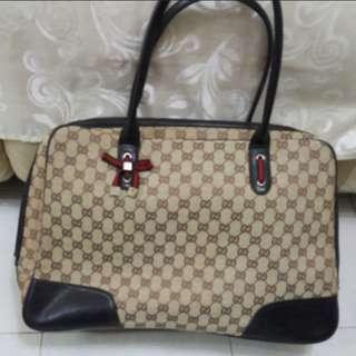 Gucci monogram handbag large size