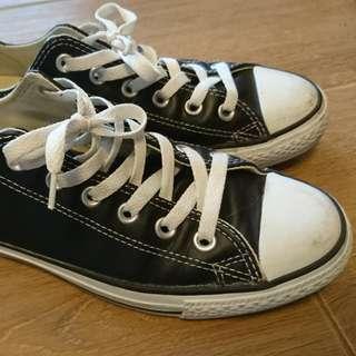 Converse黑色鞋