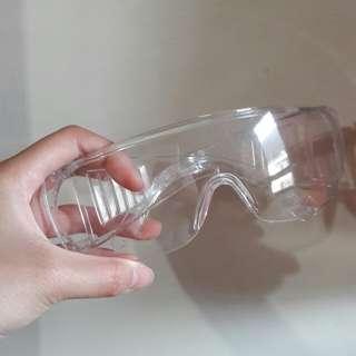 🚚 透明護目鏡