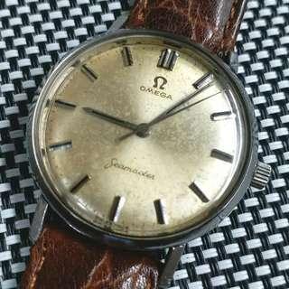瑞士製Omega Seamaster古董錶,60年代產物,原裝面,無番寫,Cal.300上弦機芯,已抹油行走精神,塑膠上蓋,錶頭直徑34mm不連霸的,淨錶港幣$2900,有意請pm