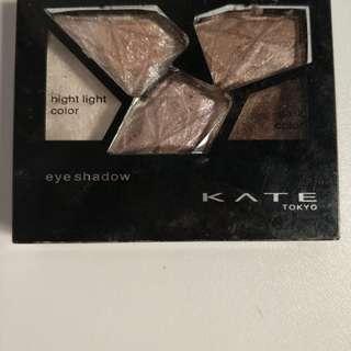 KATE eyeshadow