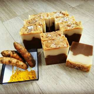 Tumeric-Oatmeal-Honey Soap