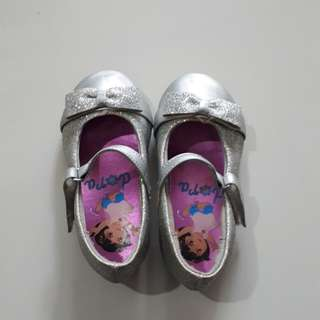 Pre-Love dora shoes
