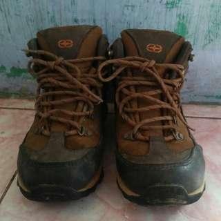 Co-trek shoes mountain harga nego