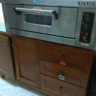 Heavy duty oven