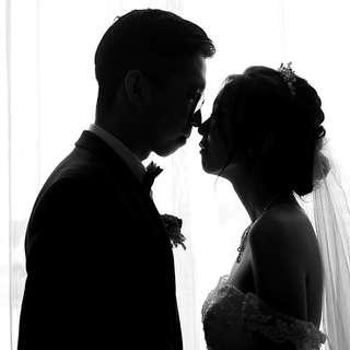 WEDDING VIDEOGRAPHER + PHOTOGRAPHER