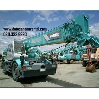 Sewa Crane 25 Ton Surabaya