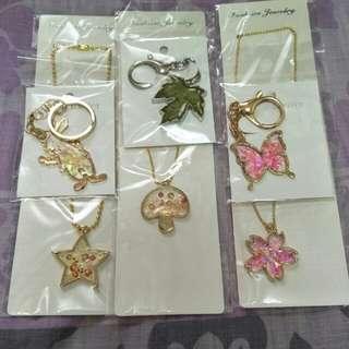 6 Key chains