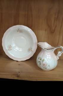 Little Country Jug Set