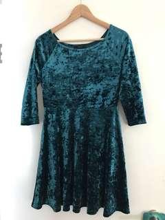 Forever 21 green crushed velvet dress large 12 Goth Rockabilly vintage 90s retro