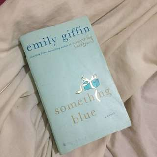 Something Blue (Emily Giffin)