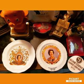 "Vintage Bone Chine ""James Gerard"" Plate commemorating H.M. Queen Elizabeth II Golden Jubilee 1952-2002. Bone China material, About 4"" dia. Mint Condition. Each $10 or both for $15 clearance offer. Sms 96337309."