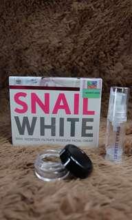 Snail White moisturizing cream
