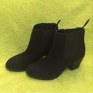 Boots cewek merk h & m