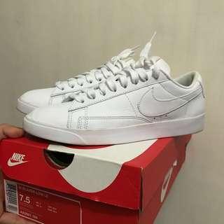 🚚 Nike blazer 白色鞋