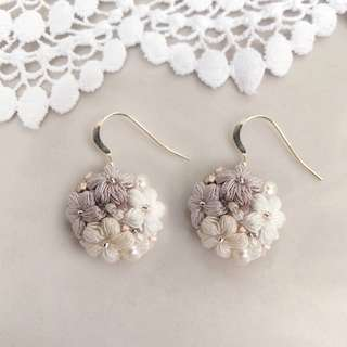 neutral flower dangle earrings with beads and pearl - Swarovski beads earrings - bridesmaid jewelry gift ideas