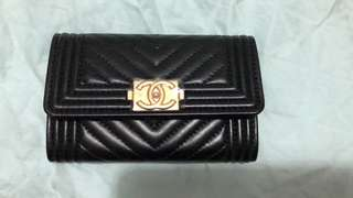 Auth Chanel new Chevron Boy Card Holder-Lambskin/Brushed Gold HW