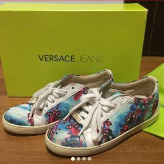 Reduced!! Versace women sneaker