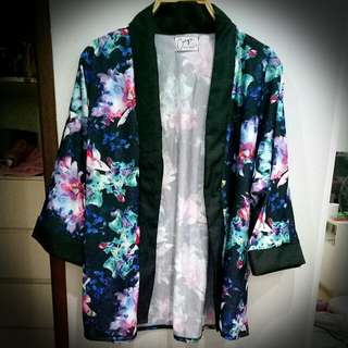 Floral Kimono top
