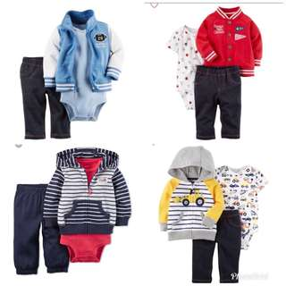 Bundle up your little ones to beat the rain ☔️!!