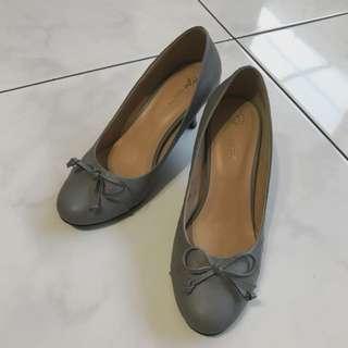 Basic Heels Grey