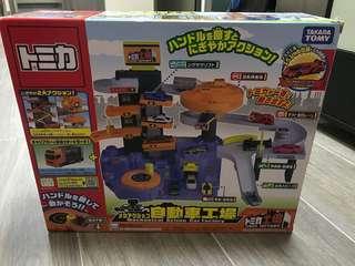 Takara Tomy 自動車工場 玩具