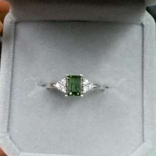 925銀鑲綠碧璽戒指