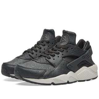 🚚 Nike 黑武士變形蟲皮革壓紋