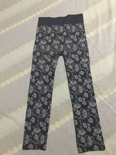 Avon leggings