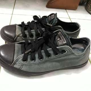ORIGINAL Converse All Star Black - preloved