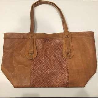 Handmade Leather bag motif batik