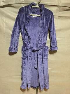 藏藍色珊瑚絨睡袍
