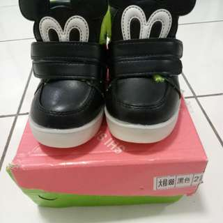 Unisex black lighting baby shoes