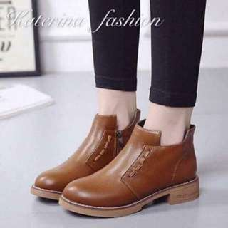 Ladies korean boots