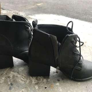 黑色 粗跟 踝靴 韓 只穿一次