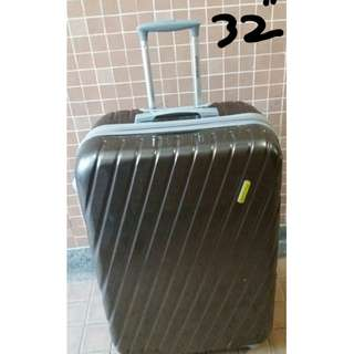 "24"" & 32"" Polo, Pierre Cardin,  Eminent  luggage"